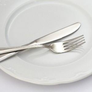 朝食抜きには賛否両論あり!健康へのメリット&デメリット